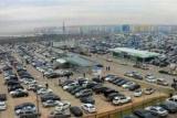Автомобили на рынке автомобилей в Абхазии