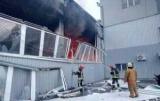 В Киеве ликвидировали большой пожар на складе