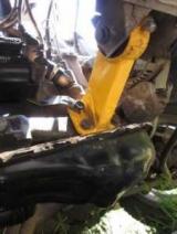 Опора двигателя ВАЗ-2109: описание, замена